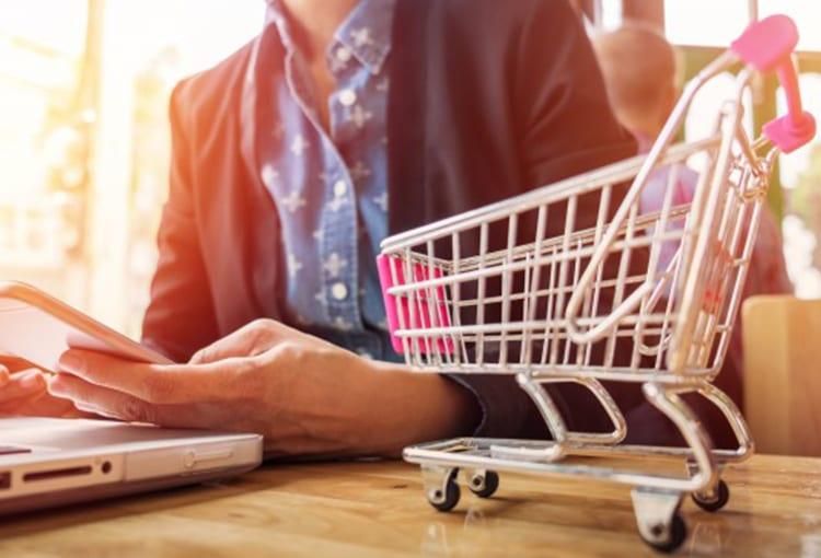 El poder de las Redes Sociales, ¿Aún no conoces cómo funciona el Social Commerce?